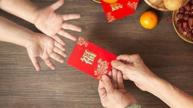 Tradisi Angpao Bikin Ekonomi China Makin Pesat